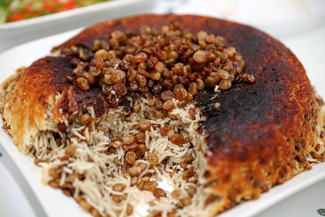 Iranian Food   عدس پلو با کشمش