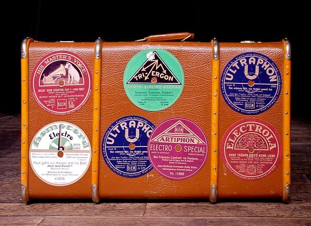 luggage-1655181_640