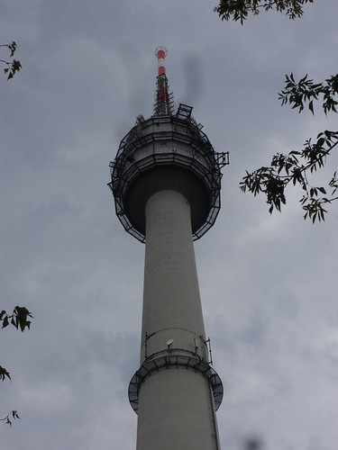 1955/59 Dequede UKW-Fernsehturm in Stahlbeton-Bauweise 185mH/250kW von Gerhard Frost an K1072 südlich 39606