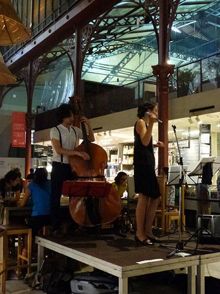 concert au marché