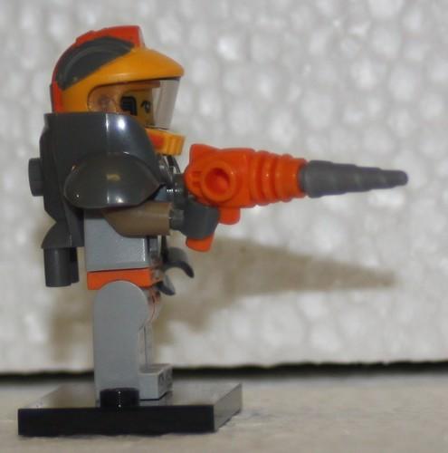 71007_LEGO_Minifig_Serie_12_47