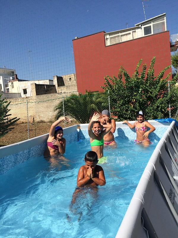 Casamassima-I ragazzi del Semiconvitto Pia Domuns Cristo Re raccontano la gioia per la nuova piscina (7)