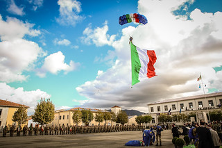 161015 Lancio Bandiera Italiana