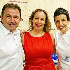 Un placer aprender de grandes chefs como Carme Ruscalleda y Martín Berasategui.  Felicidades Chef Martín Berasategui por tus 3 estrellas Michelín para el Restaurante Lasarte de Barcelona :stars::stars::stars: A pleasure to learn from big chefs like Carme