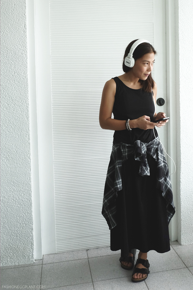 BLACK MAXI DRESS STEET STYLE1
