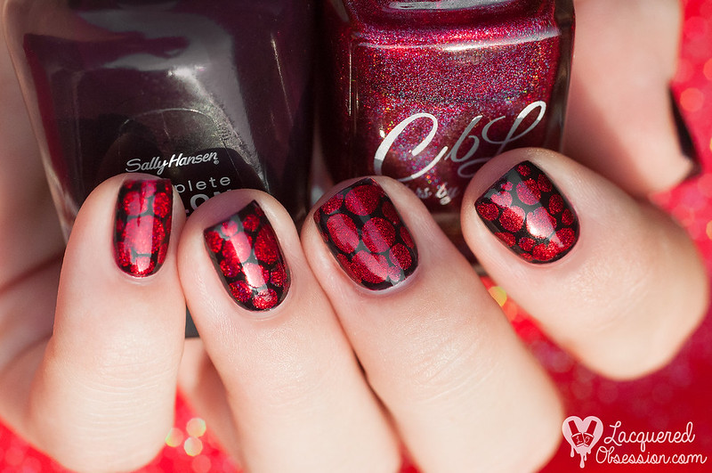 31DC2015 Day 01: Red nails