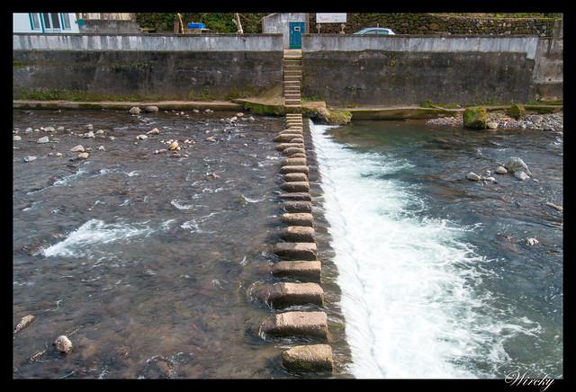 Camino para cruzar río Ribeira do Purgar