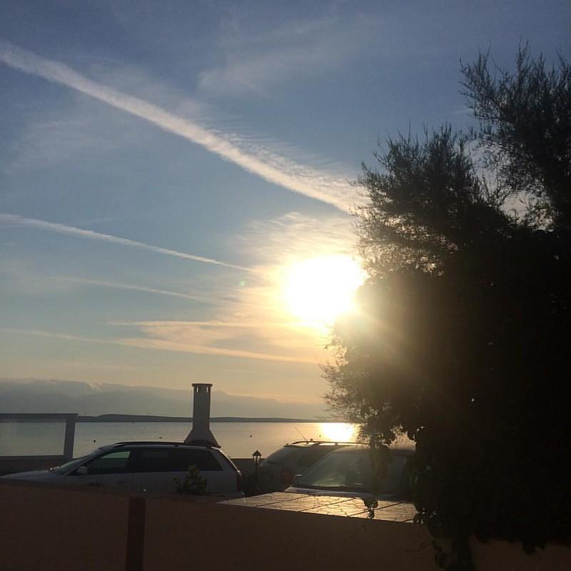 @turbohausfrau Sturm is jetzt mal weg, es ist warm und sonnig, die Insel wartet auf dich❤️#otokVir #hrvatska #visitvir