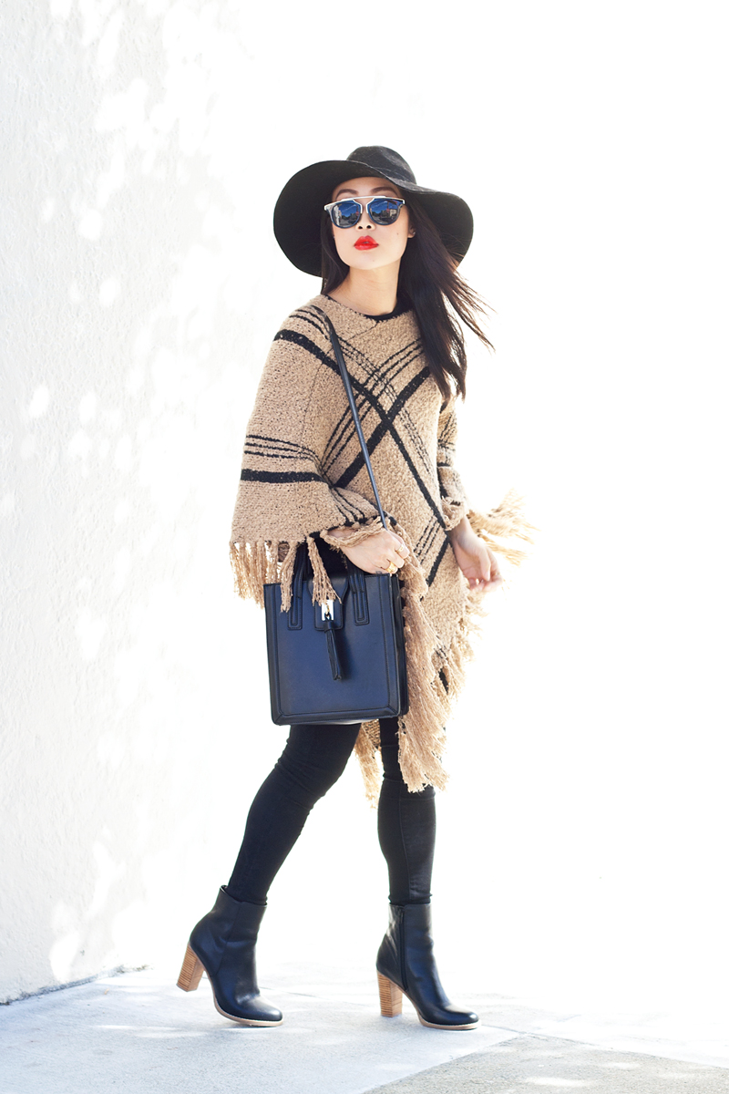 05-plaid-knit-fringe-poncho-hat-sf-fashion-style