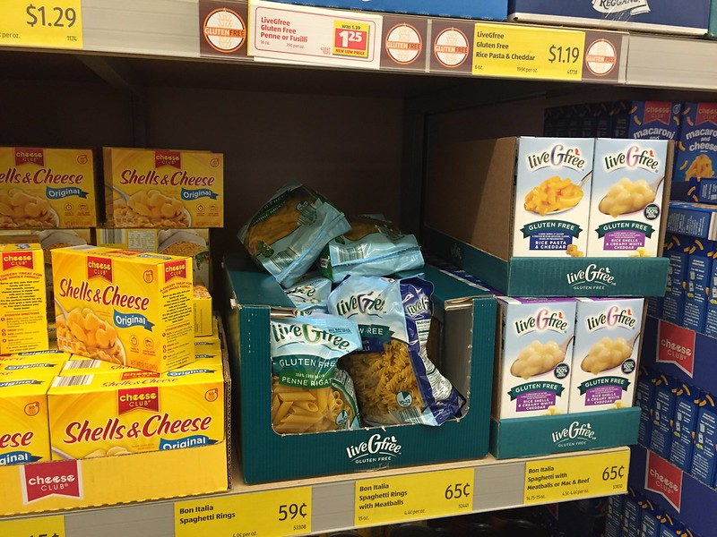 Why this mom of 4 shops Aldi and how she saves.