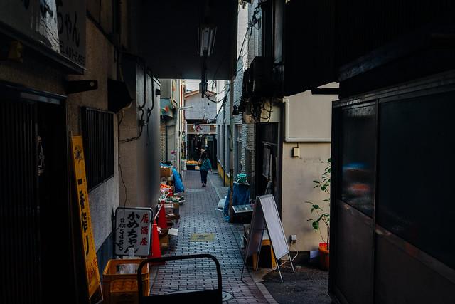 Rokkaku_Nakamise_04
