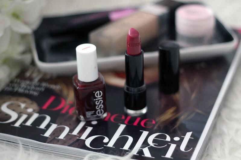 essie-bordeaux-herbst-nagellack-lippenstift-beautyfavoriten-beautyblog