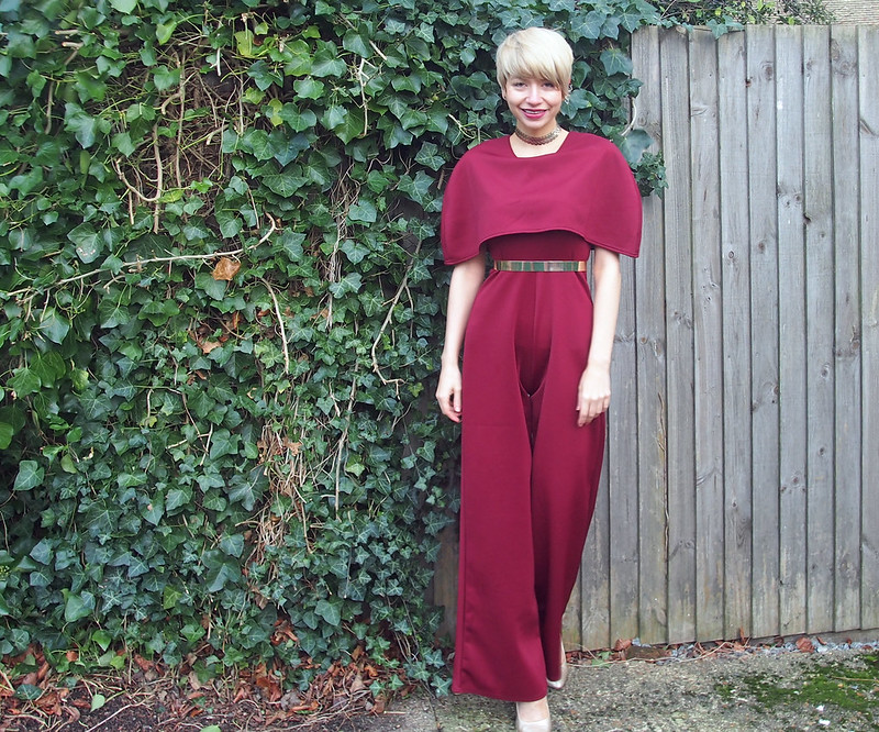 Caped Jumpsuit, Pretty Little Thing, Stella McCartney, Hailee Steinfeld, VMAs 2015, 70s, How to Wear, Metal Belt, ASOS, Burgundy, Berry, Cranberry, Ear Cuff, Earring Set, Primark, Sam Muses, UK Fashion Blog, London Style Blogger, Stylist, Style Inspiration, Christmas, 2015, Party Wear, Outfit Ideas