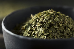 Raw Organic Dry Green Cilantro
