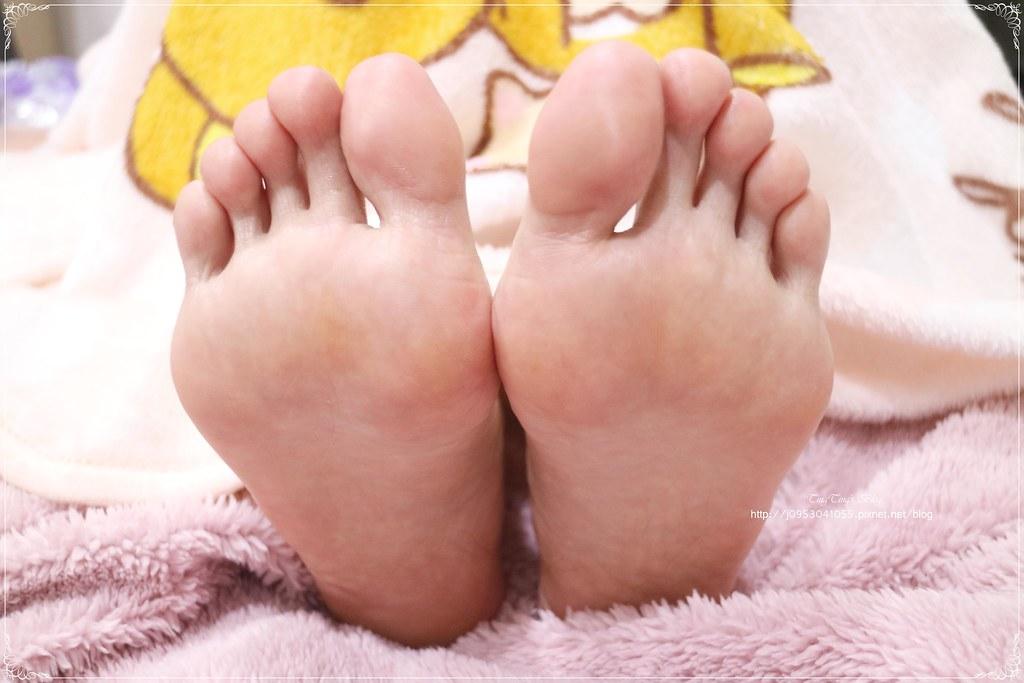 阿嬤的配方-嬰兒肌 極嫩水感 美足膜 (17)