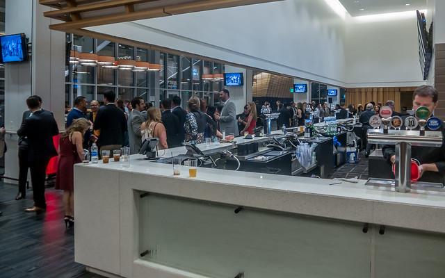 Open Bar, Panasonic DMC-LF1