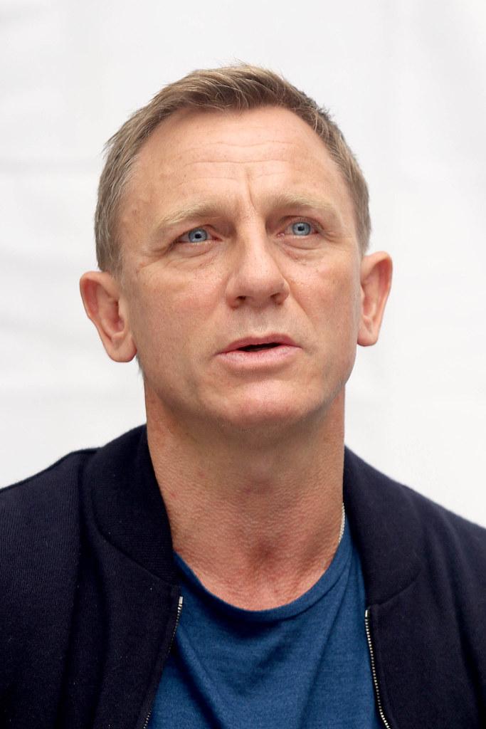 Дэниел Крэйг — Пресс-конференция «007: СПЕКТР» 2015 – 19