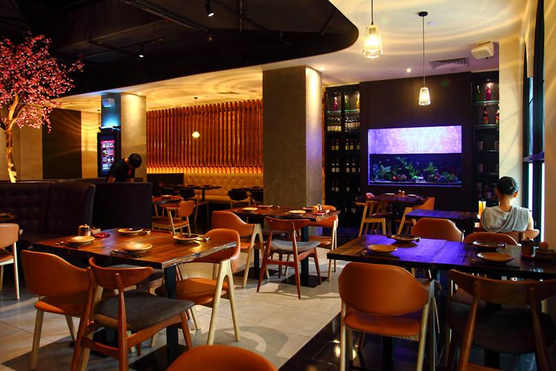 Hana-Sake-Bar-Dining-Area