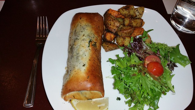 2015-Nov-10 Acacia Fillo Bar - salmon and mushroom fillo