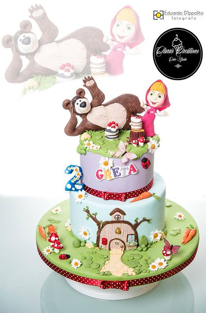 Masha and Bear Cake by Clara Vinciguerra‎