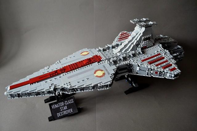 UCS-style MOC Venator-class Star Destroyer