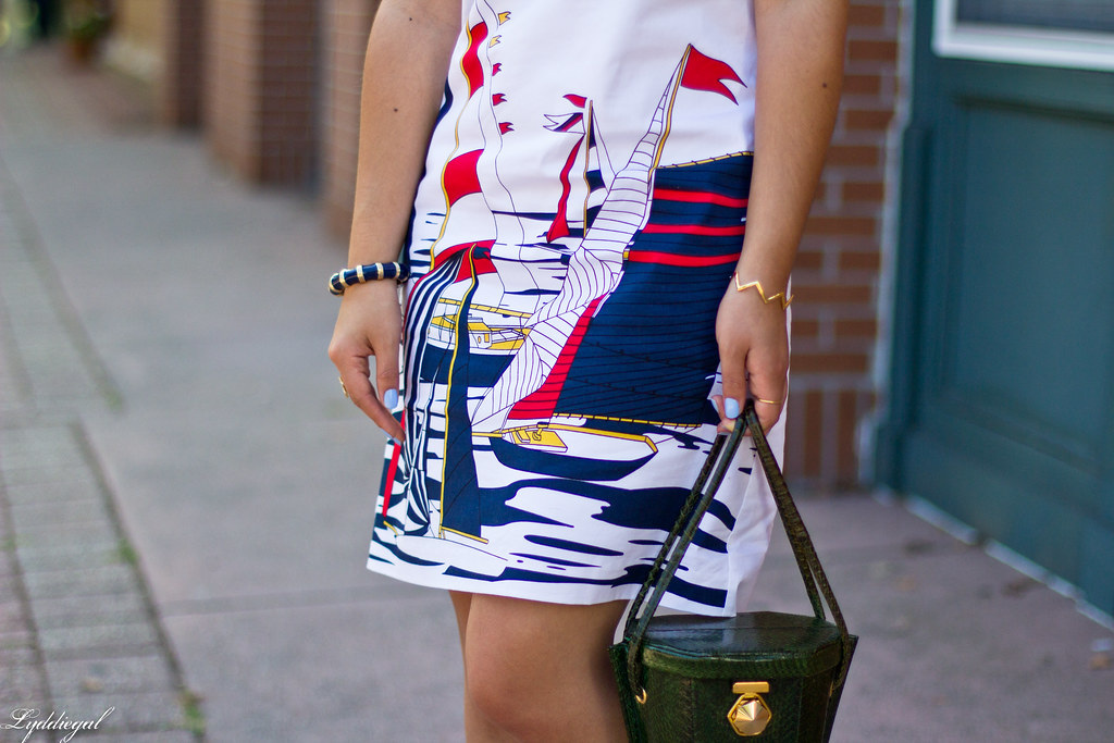 sailboat dress, ferragamo sandals, green snakeskin bag-6.jpg
