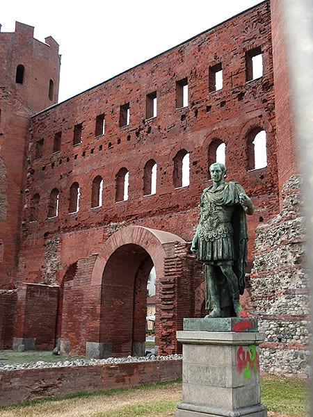 statue porte palatine