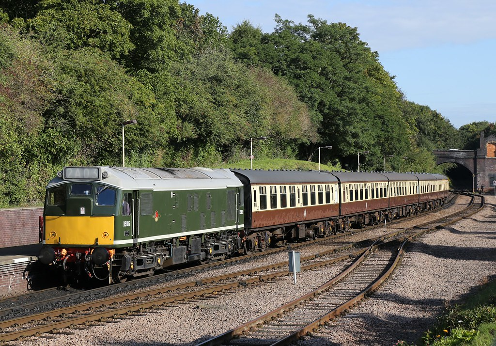D5185 sits at Leicester North