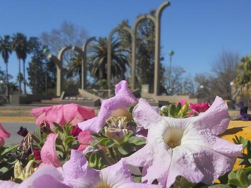 Monumento al Centenario, Humberto Primo