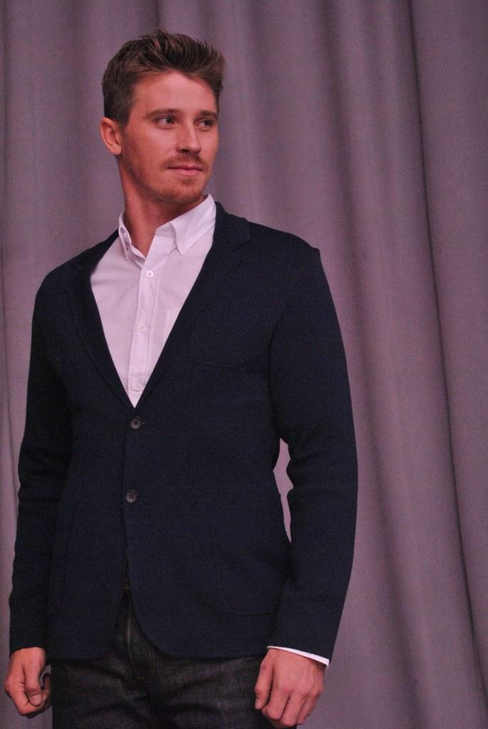 Гаррет Хедлунд — Пресс-конференция «Пэн» 2015 – 18