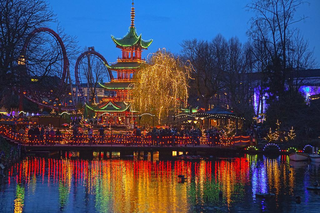 Christmas mood in Tivlo Gardens Copenhagen