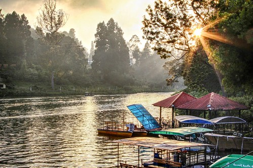 sunset lake ooty sunstar