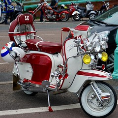 Red Vespa SX