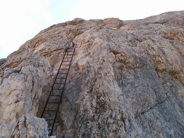 Aufstieg Le Conturines über die Leitern