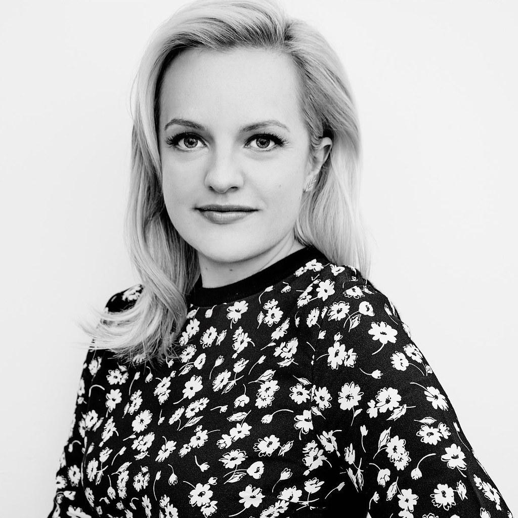 Элизабет Мосс — Фотосессия для «Правда» на «TIFF» 2015 – 5