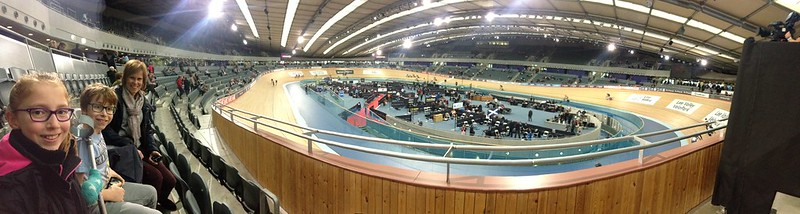 Cycling at the velodrome
