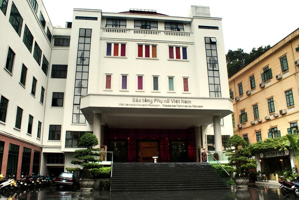 Façade du Musée des femmes du Vietnam à Hanoi.