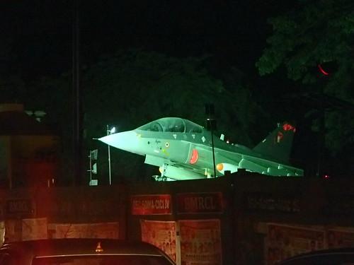 印度的戦闘機 - naniyuutorimannen - 您说什么!