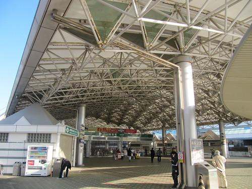 中山競馬場の中央門