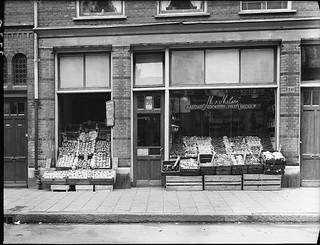 09-25-1947_02778 Van Malsen