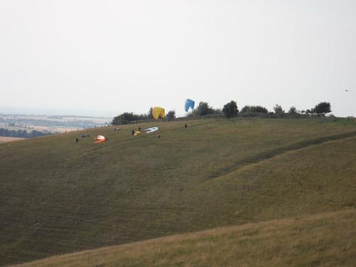Gliders on Milk Hill