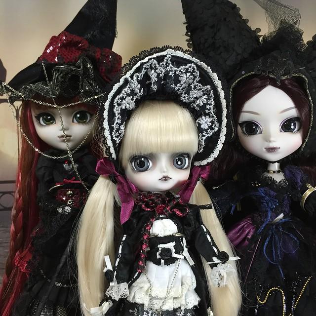 Eve, Paige, Savannah