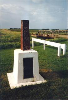 Historic tri-state marker