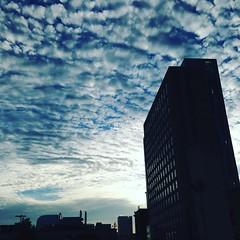 Skymazing.  #clouds #cloudporn #igboston