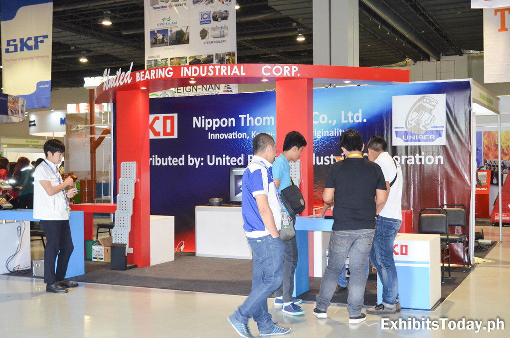 United Bearing Industrial Corp. Exhibit Stand