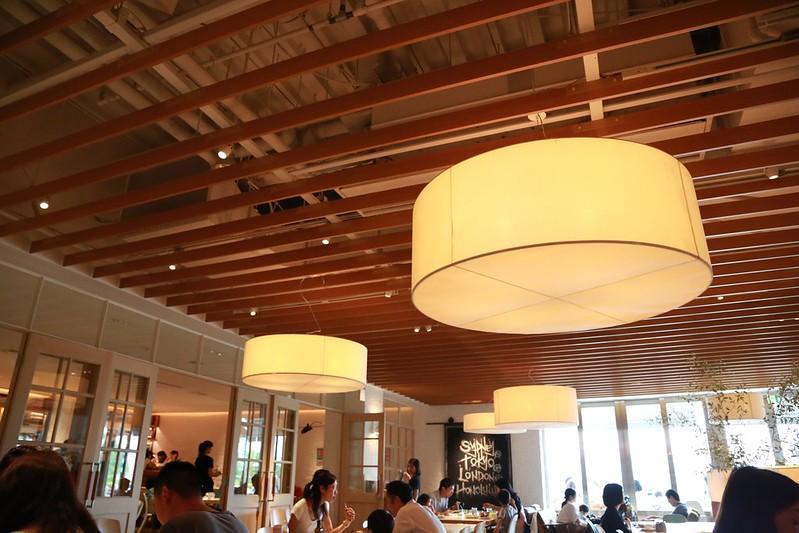 木條天花板