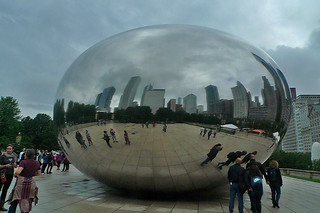 Chicago - Cloud Gate looking southward