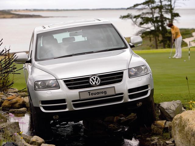 Внедорожник Volkswagen Touareg V6 3.2. 2002 – 2006 годы