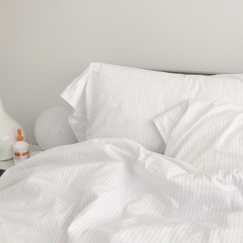 To Decorate Brooklinen Luxe Bedding In Smoke Stripe Review