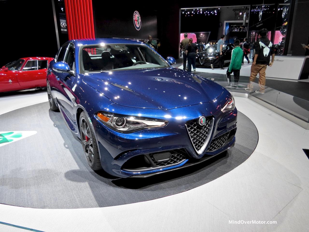 Alfa Romeo Giulia Front Blue